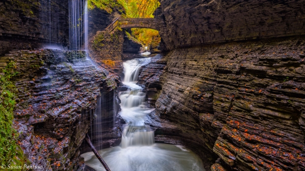 Autumn at Rainbow Falls